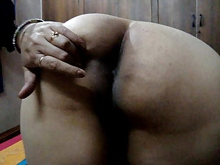 Desi indian wife showing big ass