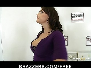 Natural busty Rhylee Richards fucked rough in the laundromat