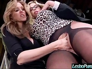 Lez Girls julia olivia Get Sex Toys in Punish Each Other video
