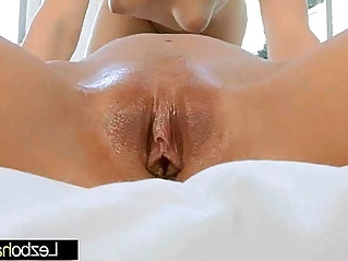 Mia Malkova Kenna James Lez Girls KIss And Licks Their Wet Holes video