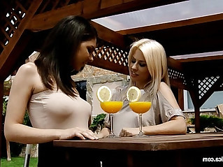 Mimosa munching by sapphic erotica lesbian with henessy elma